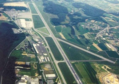 HISTORY-Aerial_View_Airport_90ies1